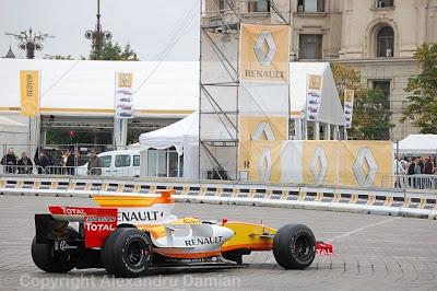 Renault Road Show Fail