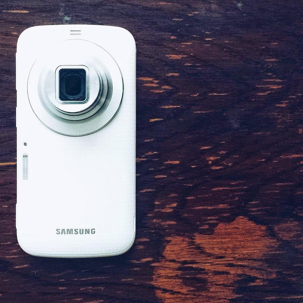Samsung Galaxy K Zoom sau cum se conturează viitorul!